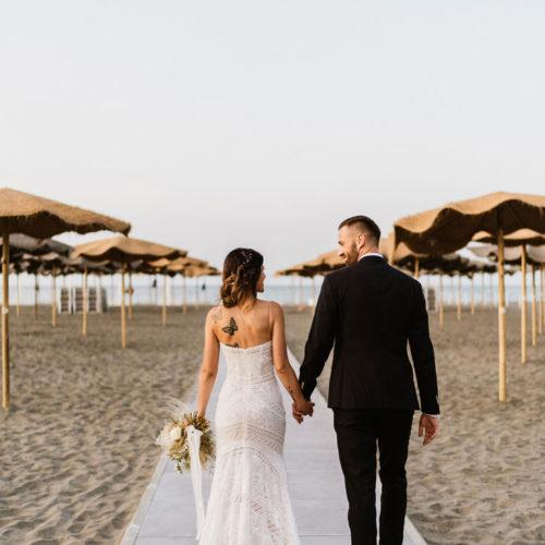 foto matrimonio sposi al mare