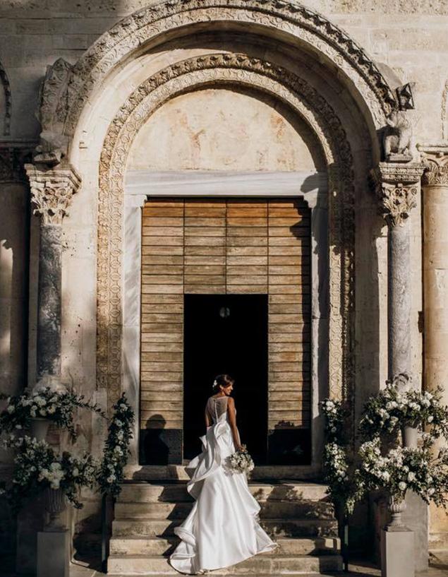 matrimonio wedding planner sposa in chiesa
