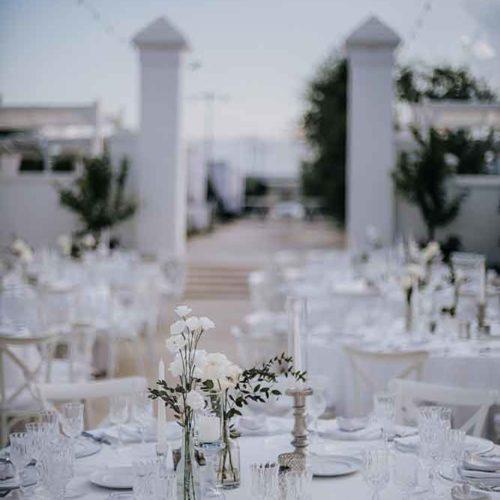 foto matrimonio allestimento raffinato bianco